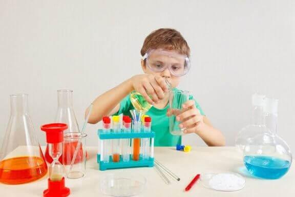 4 vetenskapliga experiment för barn