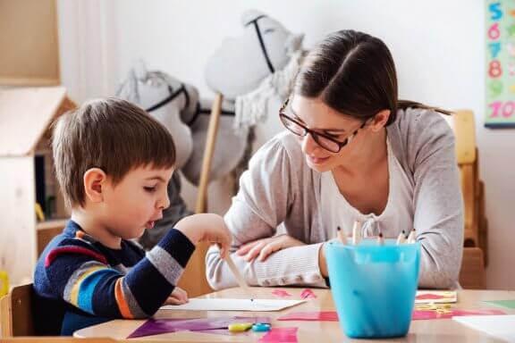 Hur du kan hjälpa dina barn att lära sig effektivt