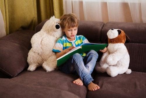 7 sätt att förbättra läsförståelsen hos barn