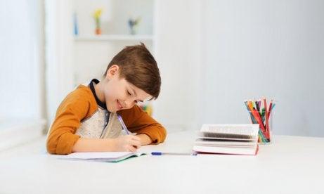 Inlärningssvårigheter hos barn: Orsaker och lösningar