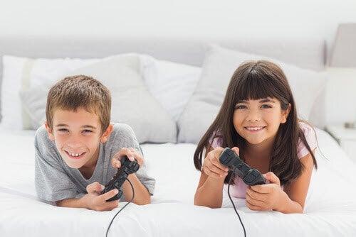 Fördelar med videospel för barn