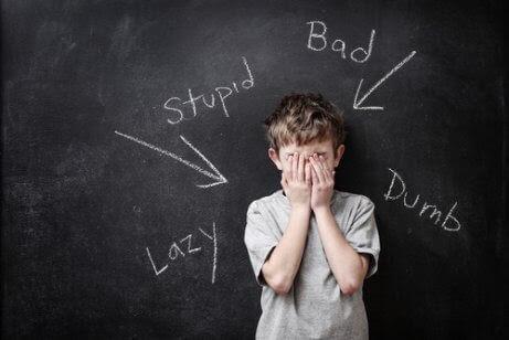 Klassrumsaktiviteter för att stärka elevernas självförtroende