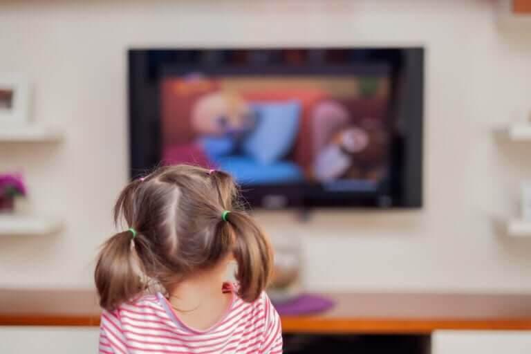 Hur påverkas våra barn av för mycket skärmtid?