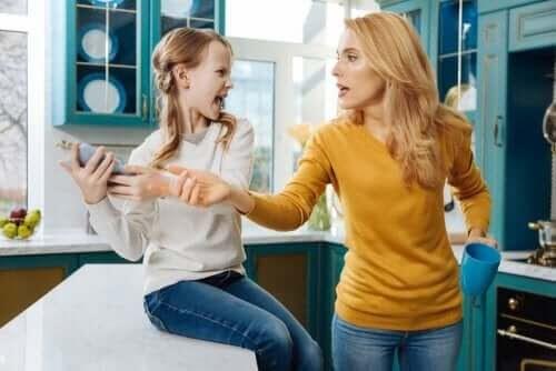Kan föräldrar kontrollera sina barn på sociala medier?