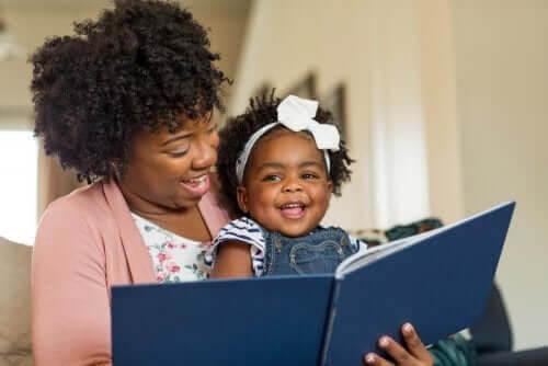 De bästa metoderna för att lära barn läsa