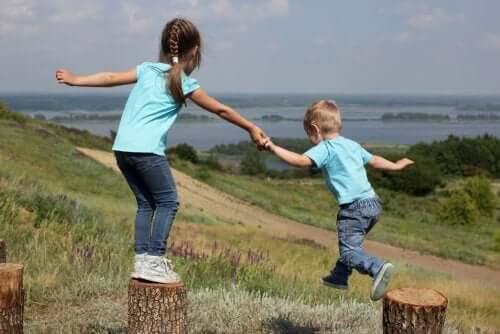 Rivalitet och tillgivenhet mellan syskon