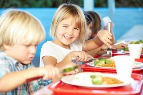 Allt om skolmaten och näring