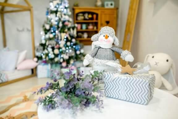 Idéer för att dekorera dina barns rum till jul