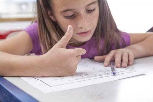 Vanliga tecken på dyskalkyli hos barn