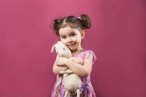 Övergångsobjekt: Leksaken ditt barn inte kan leva utan
