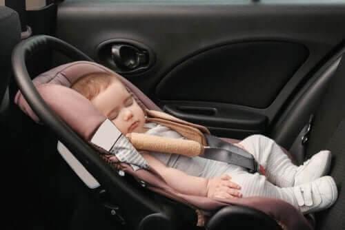 Regler om bilstolar för barn