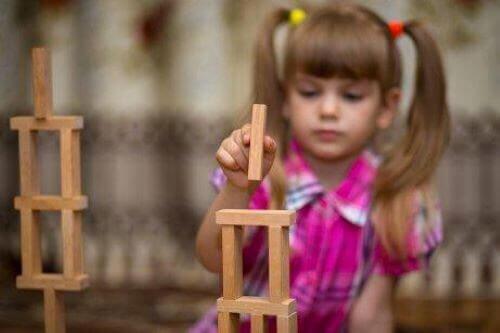 Symbolisk lek hos barn med autism
