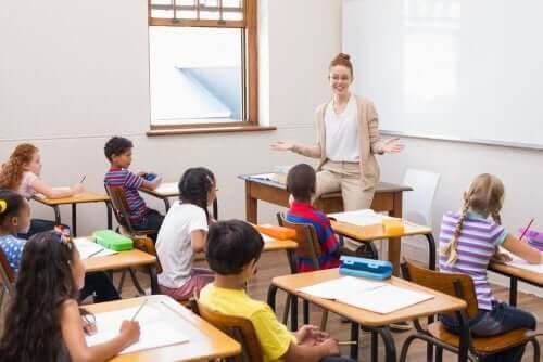 Uppmuntra humor i klassrummet
