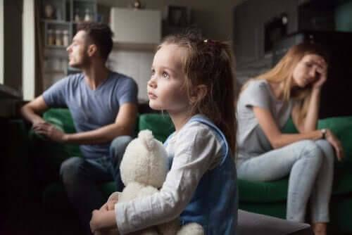 Bör ni hålla ihop för era barns skull?