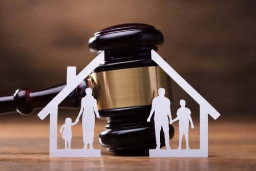 Hur du anställer en familjerättsadvokat som du kan lita på