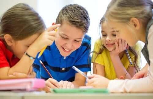 Barn som pluggar