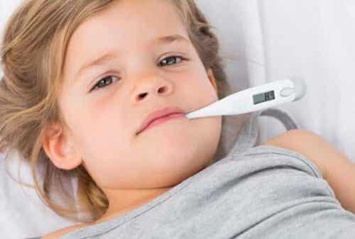 Fobi för feber: Föräldrars rädsla för att barnen ska få feber