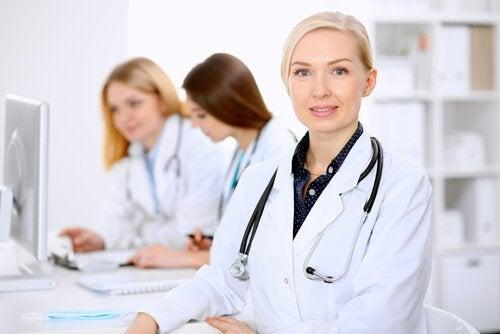 Kvinnliga läkare.