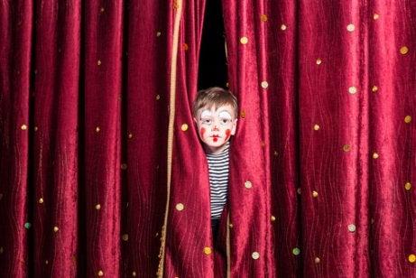 Fördelar med teaterkurser för barn