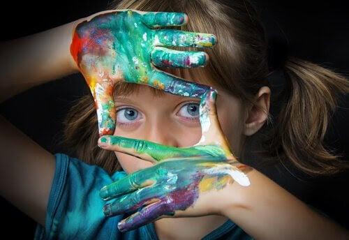 12 övningar i konstterapi för barn