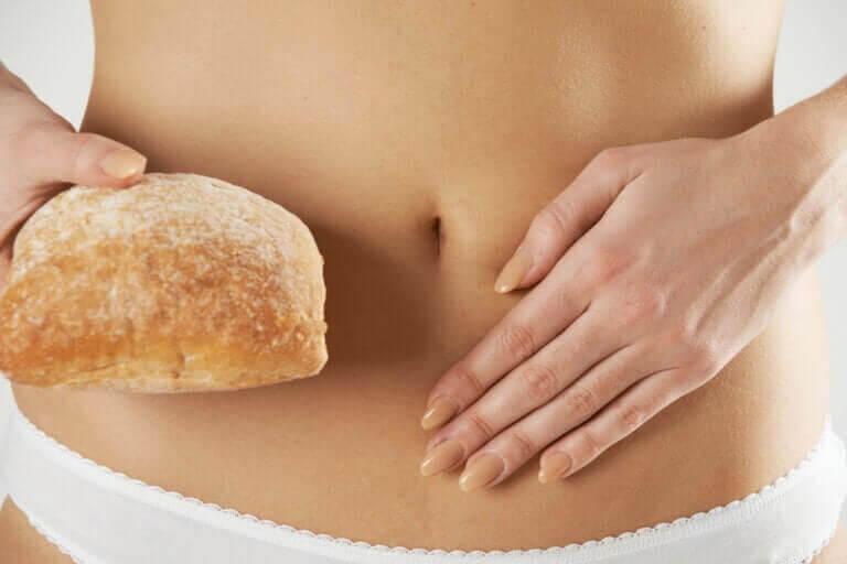 glutenkänslighet som inte är celiaki: kvinnomage med bröd