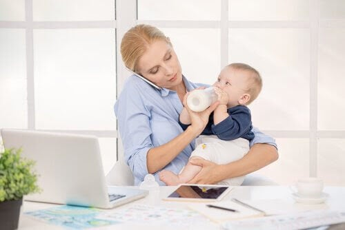 8 tips för föräldrar som jobbar hemifrån