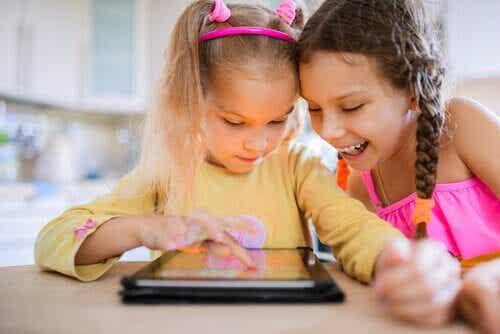 8 negativa effekter av teknologi på barn