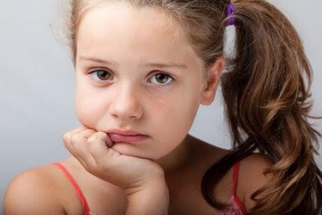 Psykosomatiska störningar hos barn: Orsaker, symptom och behandling