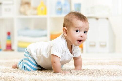 Utvecklingen av sensomotorisk intelligens hos barn