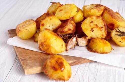 recept med potatis: knaprig potatis