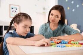 Hur man hanterar isolering med barn med intellektuella funktionshinder