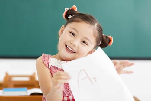 Ett barn har lyckats få högsta betyg.