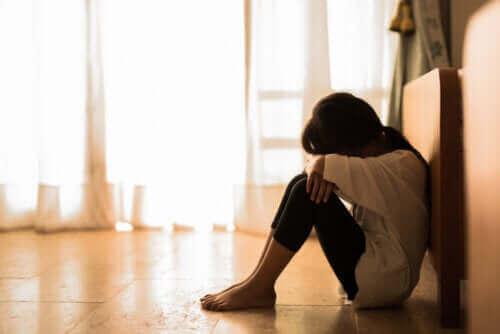 Affektiv brist: Barn som gråter i ensamhet
