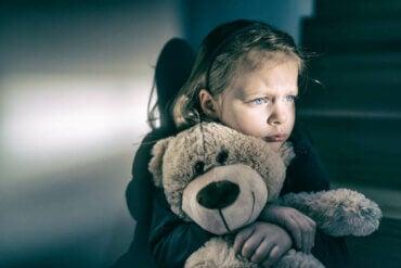 5 tecken på affektiv brist hos barn