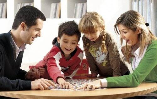 barn att lyssna: barn spelar spel