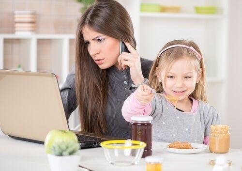 4 tips för att hitta rätt balans mellan arbete och familjeliv