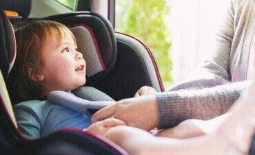 Hur man undviker personskador vid trafikolyckor med barn