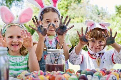 fira påsk med barn