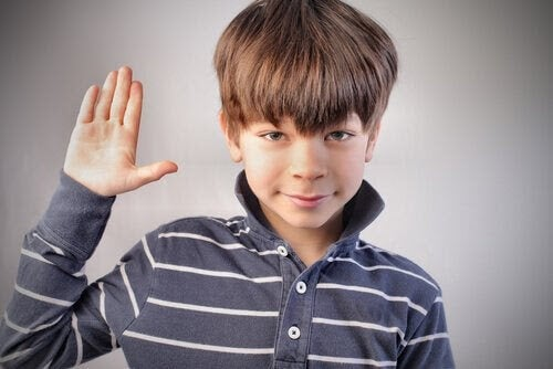 Hur du bäst hanterar att dina barn ljuger för dig