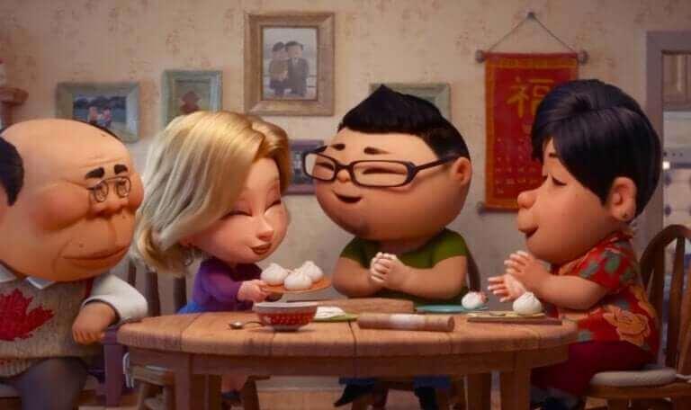 """Familj äter tillsammans ur kortfilmen """"Bao"""""""