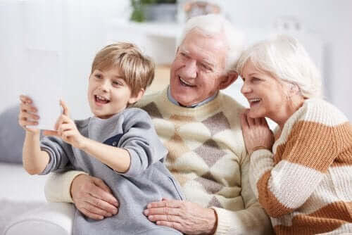 komma ihåg sina mor- och farföräldrar: barnbarn och morföräldrar