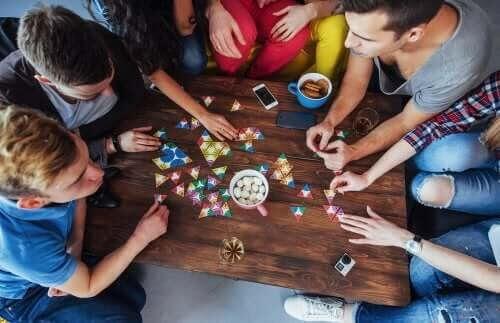 5 brädspel för att förbättra fokus