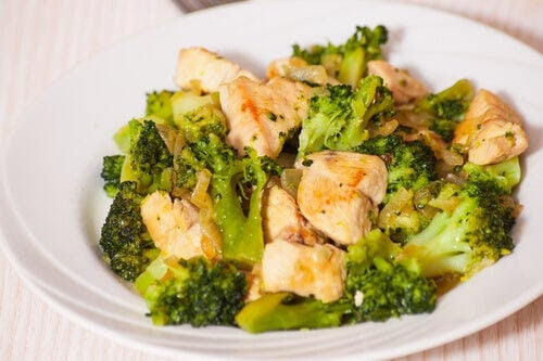 recept med broccoli och kyckling