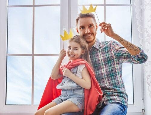 Pappa och dotter leker Den lille prinsen