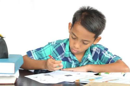 barn studerar med Pomodoro-tekniken