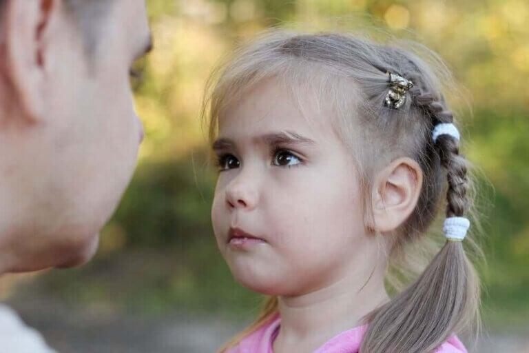 Hur man identifierar högkänsliga barn