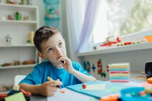 Hur man pratar med barn så att de lär sig att tänka självständigt