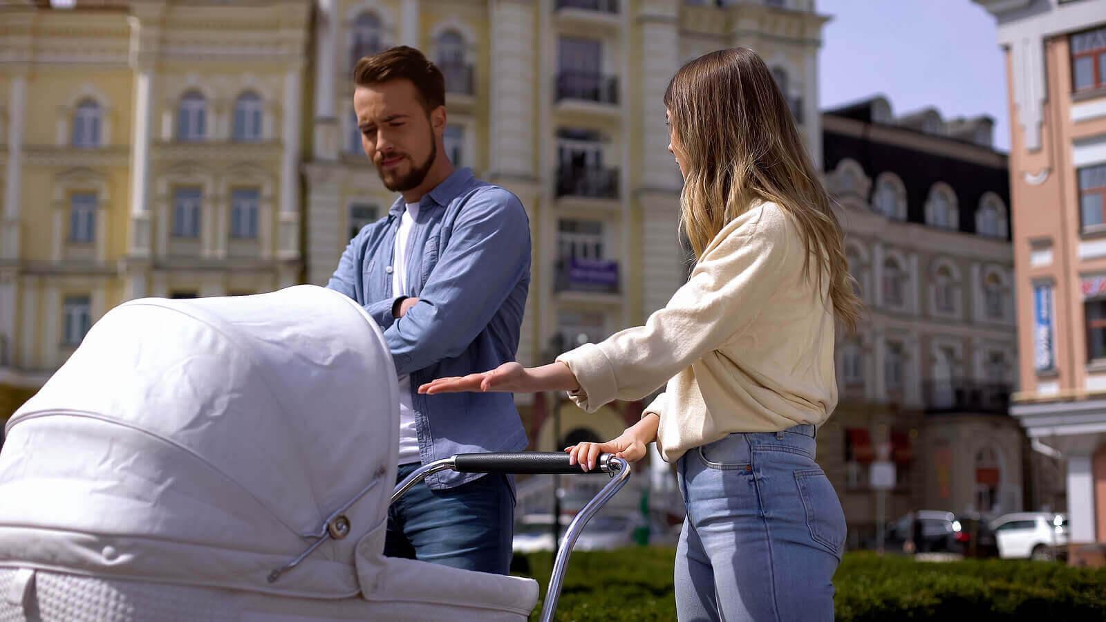 aldrig skulle göra som förälder: föräldrar med barnvagn