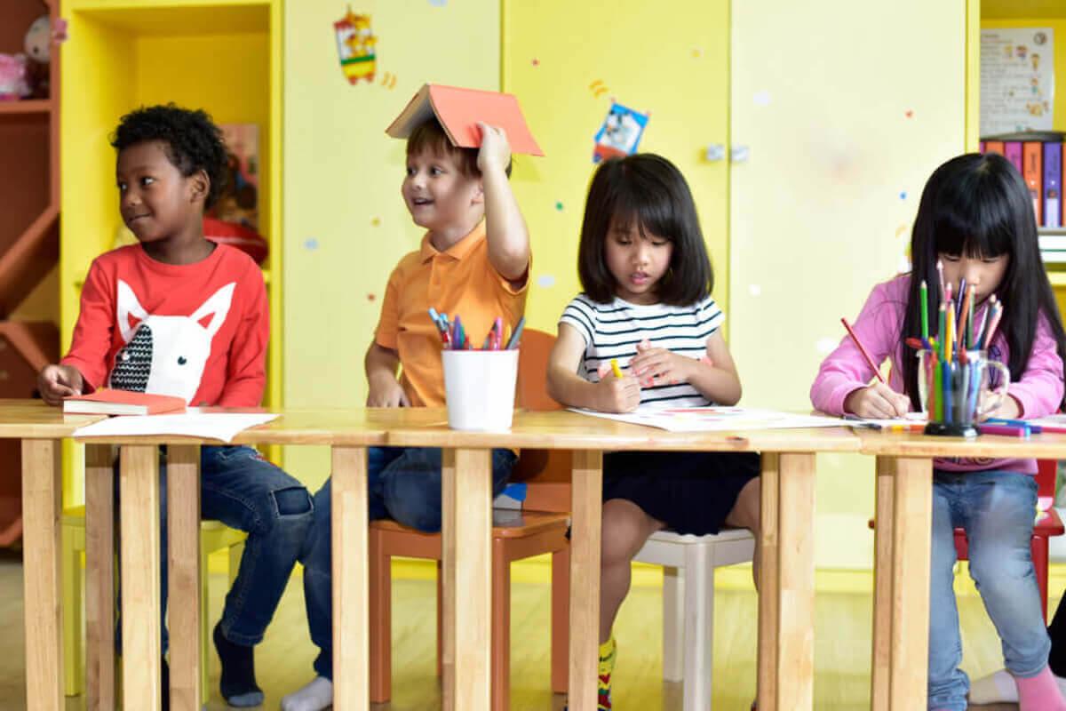 använda känslotermometern i klassrummet: barn i skola