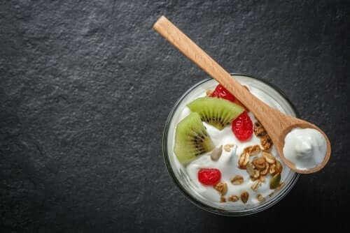 Skål med yoghurt